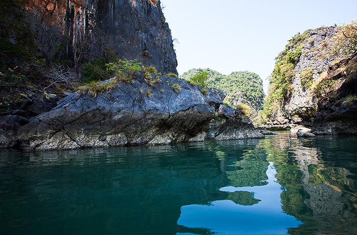 Тайланд. Среди камней